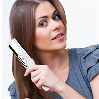 המסרק שמעורר זקיקי שיער רדומים, גורם לצמיחה מחודשת של שיער
