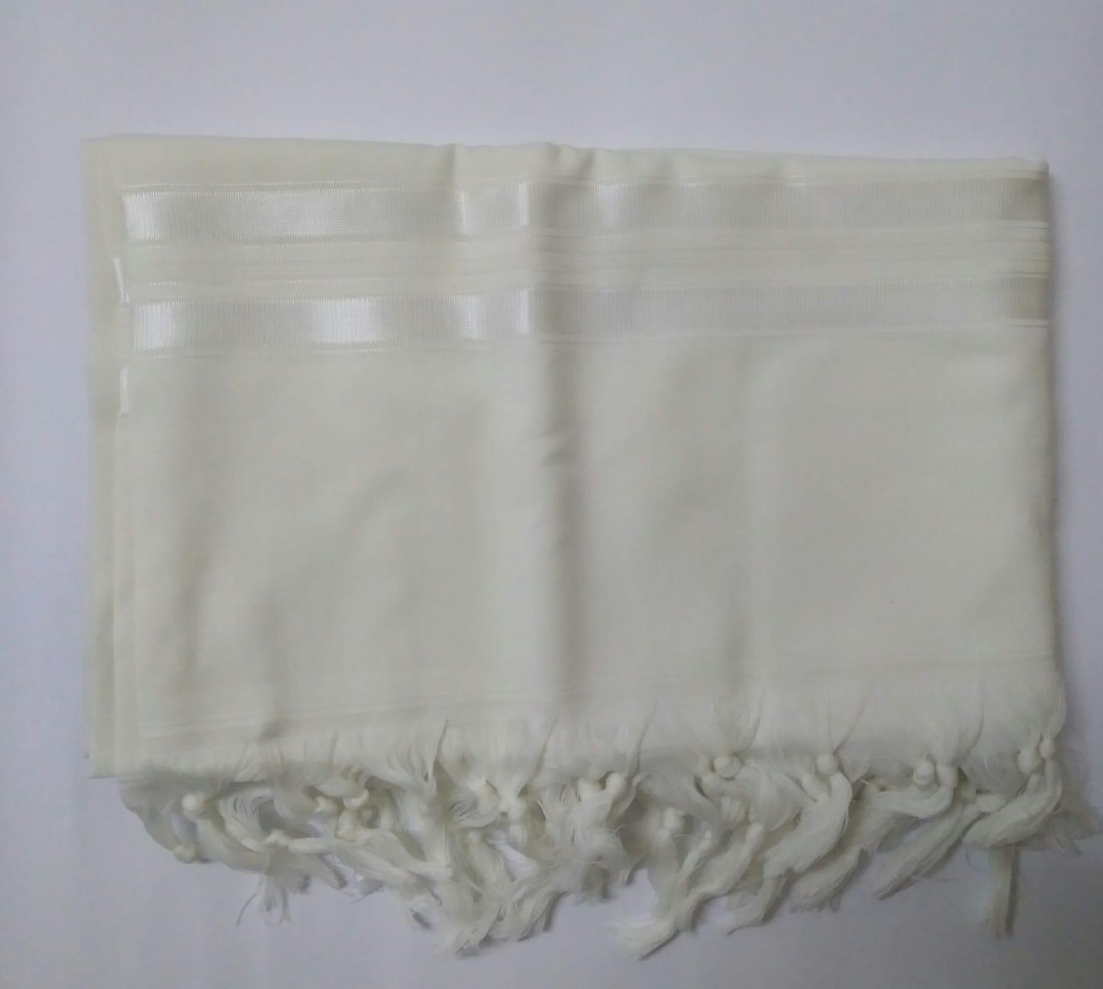 טלית צמר א.א מידה 55 פסים לבן