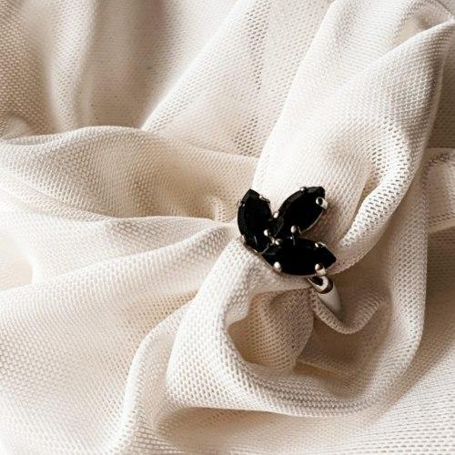 טבעת 3 אבנים קריסטלים
