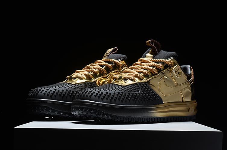נעלי ספורט מעוצבות Air Force outdoor מלאי מוגבל מידות 40-45
