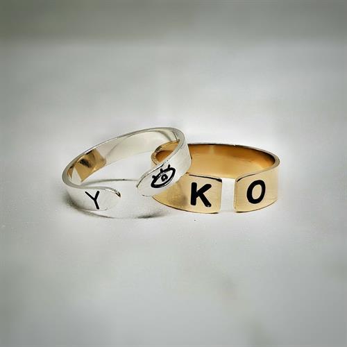 טבעת פס פתוחה כסף 925/גולדפילד עם חריטה