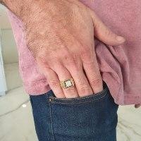 טבעת זהב 14 קרט לגבר משובצת יהלומים שחורים 0.60 קראט