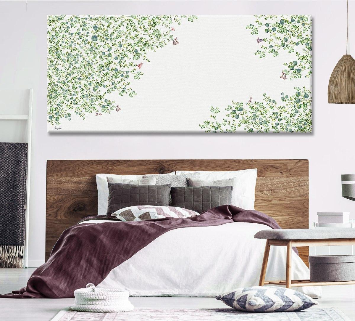 ציור של עץ בסלון