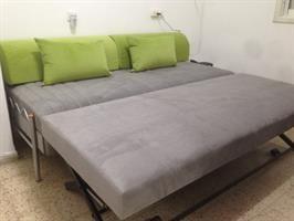 מיטה נפתחת לילדים ולנוער מרופדת בבד נובה איכותי