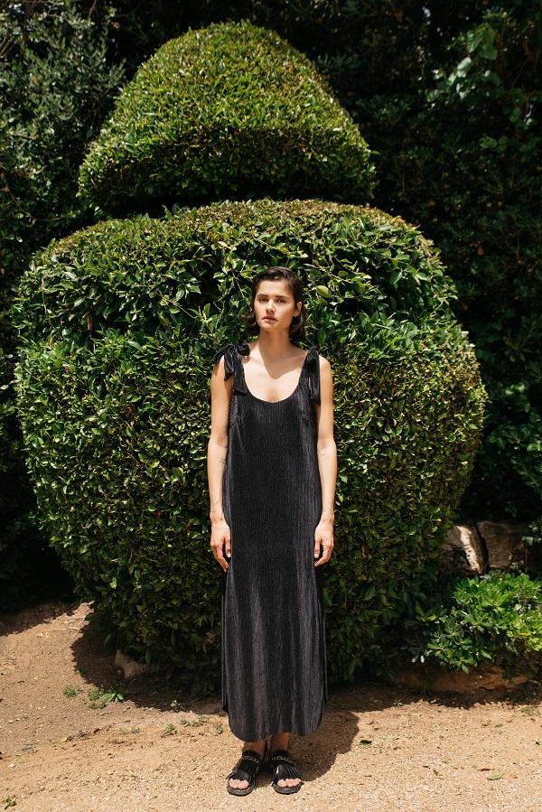 שמלת גלוריה שחורה