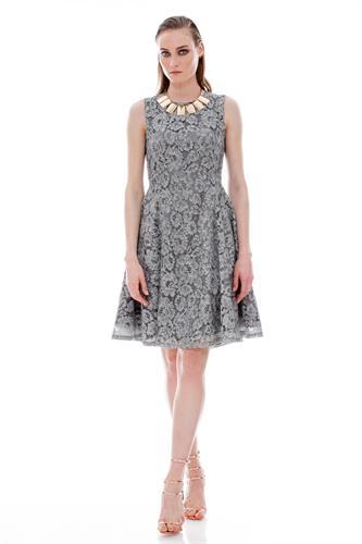 שמלה ברודווי