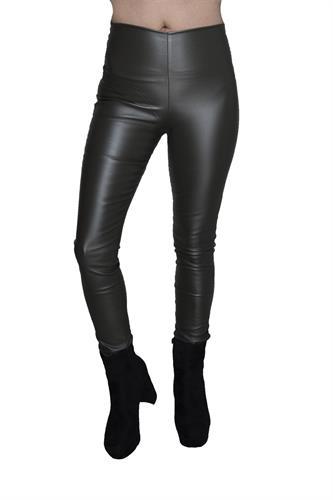 מכנס דמוי עור ללא רוכסן וללא כפתור בצבע זית