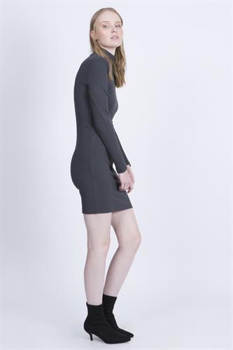 שמלת קארן אפור