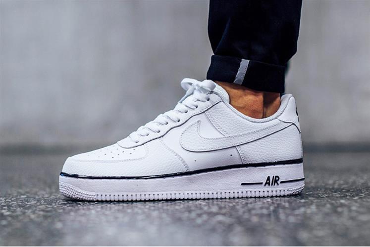 נעלי ספורט מעוצבות Nike Air Force1 White
