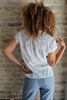 חולצת מור לבנה