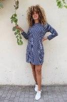 שמלת מריפוסה כחול נקודות