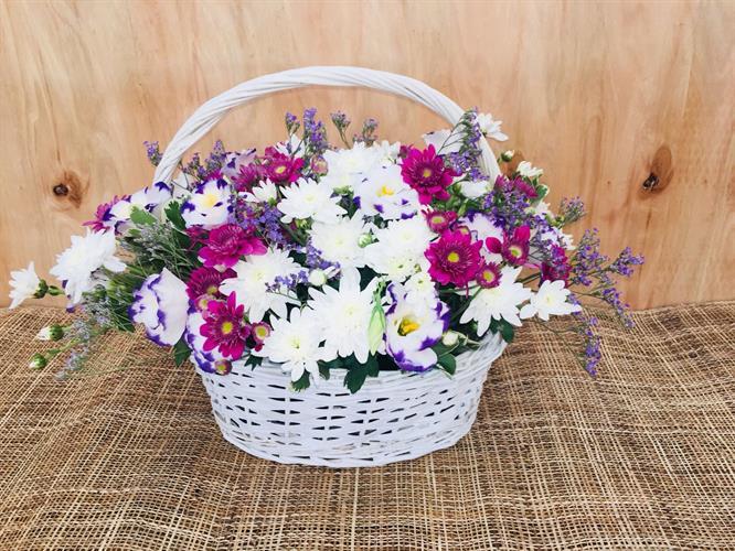 סידור פרחים בסלסלה-מקט 004