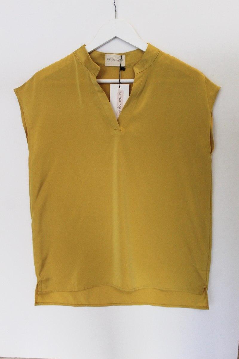 חולצת וי צהוב חרדל