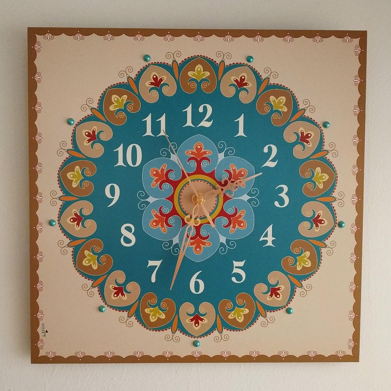 שעון קיר מעוצב - טורקיז (פרחוני)