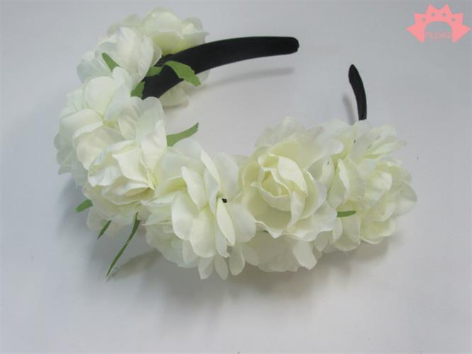 קשת פרחים לבנים גדולה - קשת פרידה קאלו