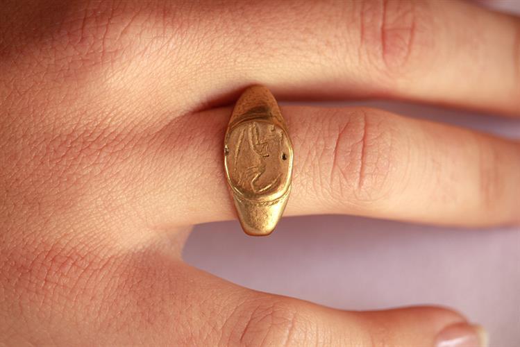 טבעת חותם עתיקה מהתקופה הרומית ביזנטית R111