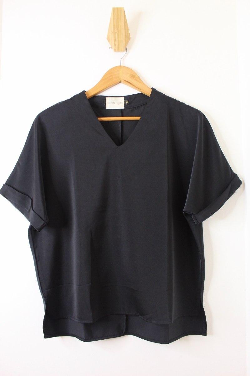 חולצת הלן שחורה