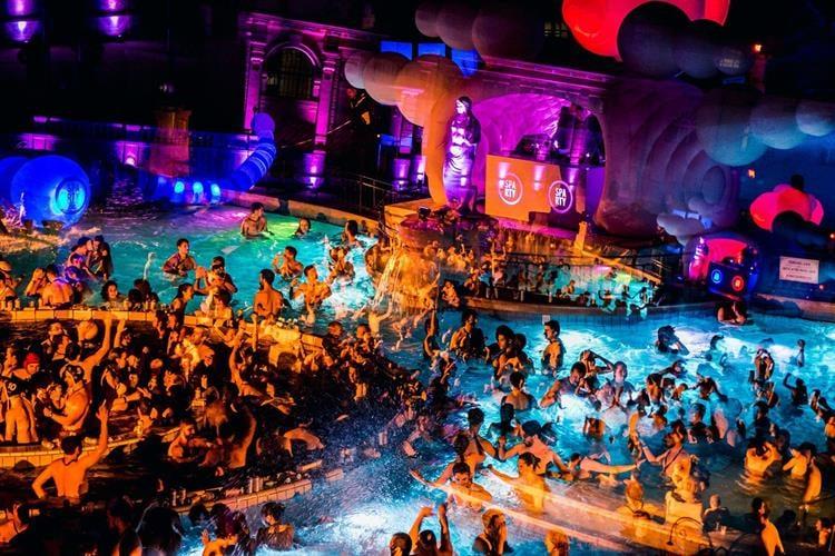 מסיבת רווקים בבודפשט