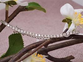 צמיד יהלומים לאישה 4.95 קראט יהלומים