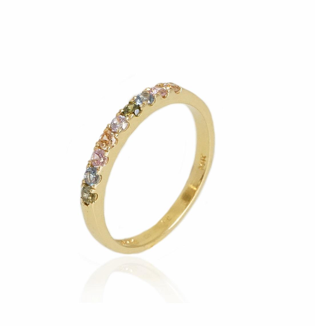 טבעת איטרניטי  זרקונים צבעוניות ורודות בזהב 14 קרט|טבעת זהב משלימה
