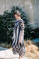 שמלת אנה שחור לבן