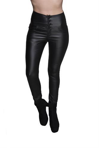 מכנס דמוי עור גבוה עם 3 כפתורים בצבע שחור