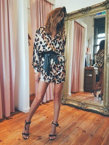 שמלת רוקי מנומר חום