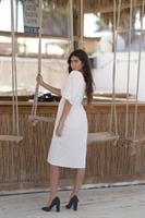 A speciel dress לבנה