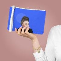 ארנק עם רוכסן- פרידה קאלו כחולה