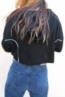 חולצת ספוטי שחורה