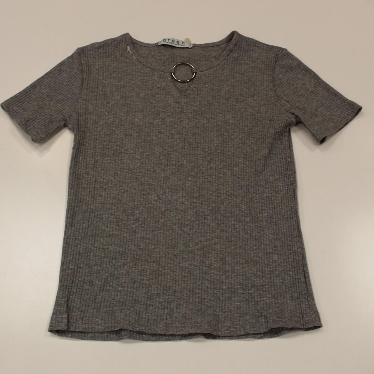 חולצה ריב אבזם