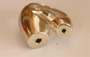 טבעת אהבה מכסף משובצת בזרקונים שחורים