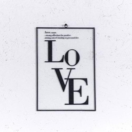 שלט זכוכית A4 - אהבה LOVE