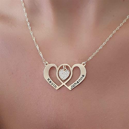 שרשרת לבבות מתחברים- יום האהבה