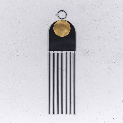 קישוט מתכת לקיר - קשת וצינורות (שחור)