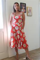 שמלת ברנדי אדומה