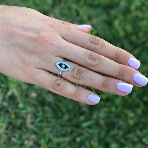 טבעת עין אנכית שחורה כסף 925