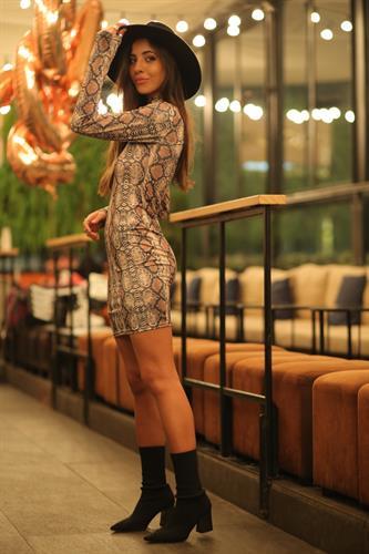 שמלת גולף קרדשיאן
