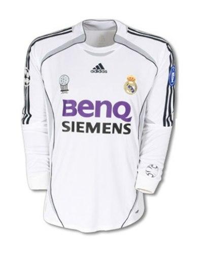 חולצת משחק רטרו ארוכה ריאל מדריד בית 2006/07 (מידה L)