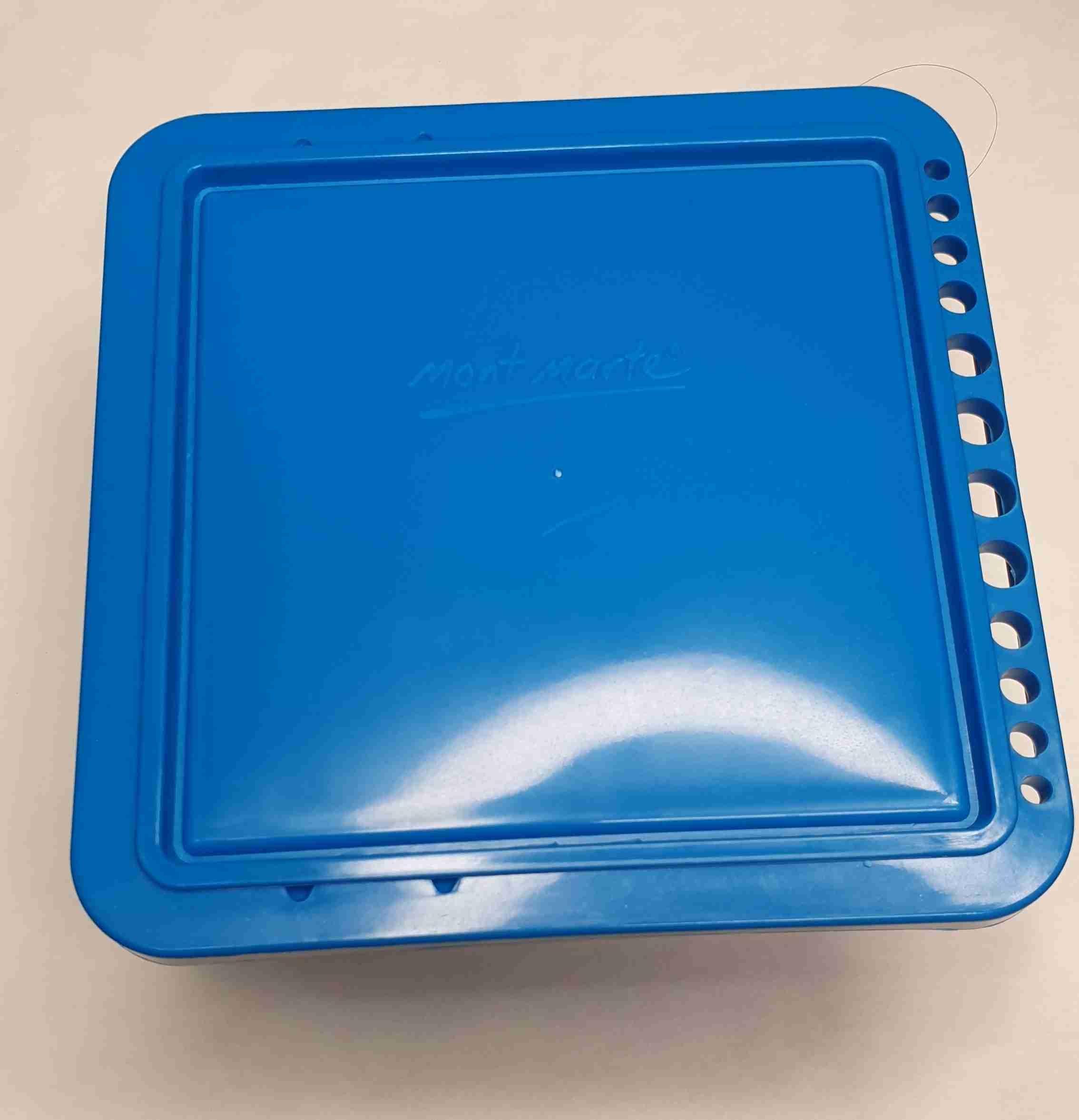אמבטית מכחולים כחולה