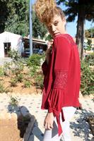 חולצת קרושה אדומה