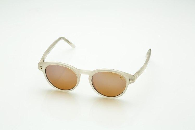 משקפי היפרלייט (נגד קרינה) דגם TLW-107WH מסגרת לבנה