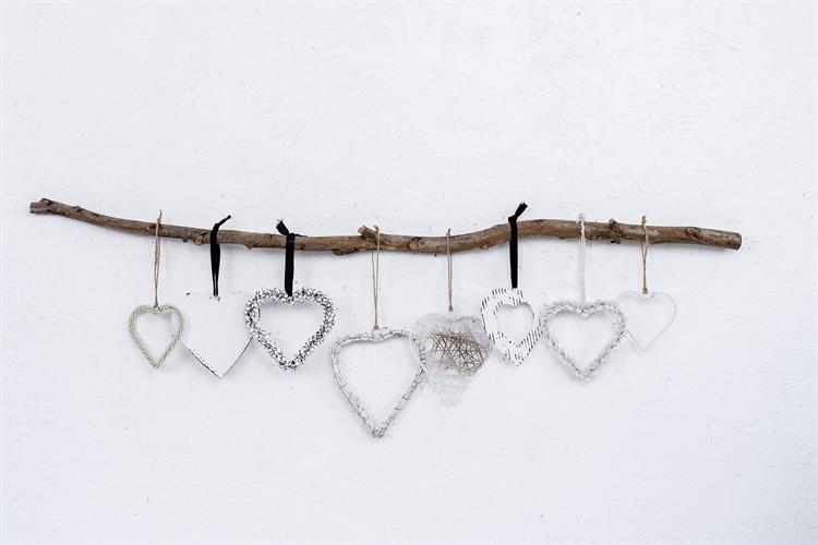 ענף עם 8 לבבות - לבן