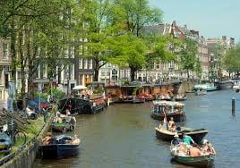 סוף שבוע חוויתי באמסטרדם הצבעונית