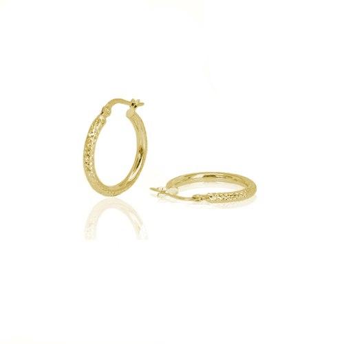 עגילי חישוק זהב בינוניים עם חריטת לייזר 2 סמ
