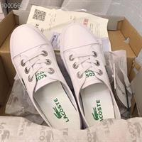 נעלי סניקרס LACOSTE לנשים