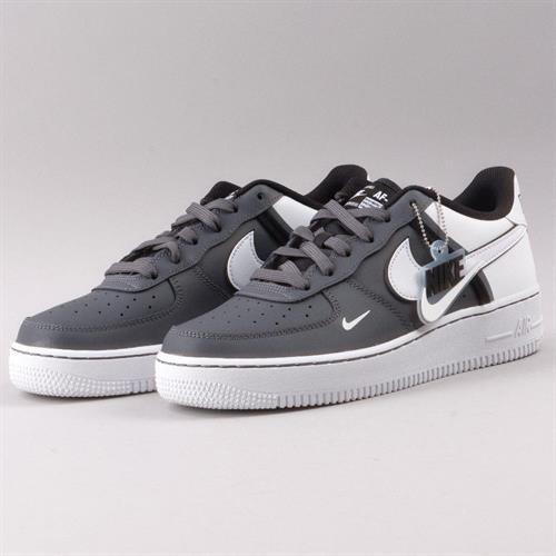 נעלי נשים נייק אייר פורס 1 07 LV8 2 צבע אפור/לבן דגם CI1756 002