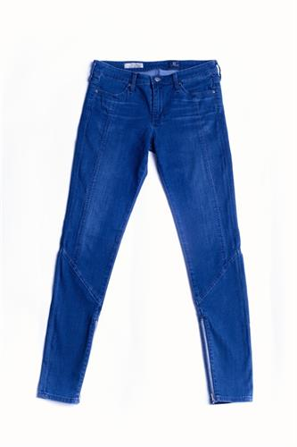 ג'ינס AG