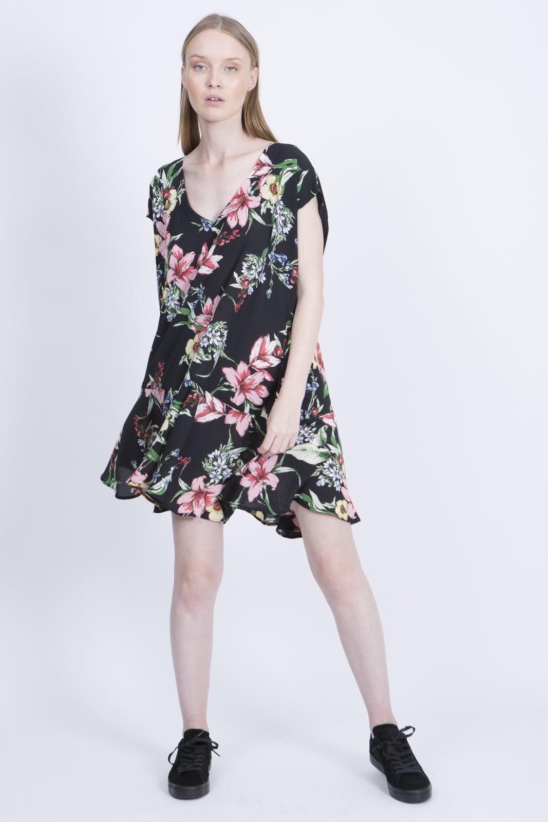 שמלת סיה פרחוני שחור