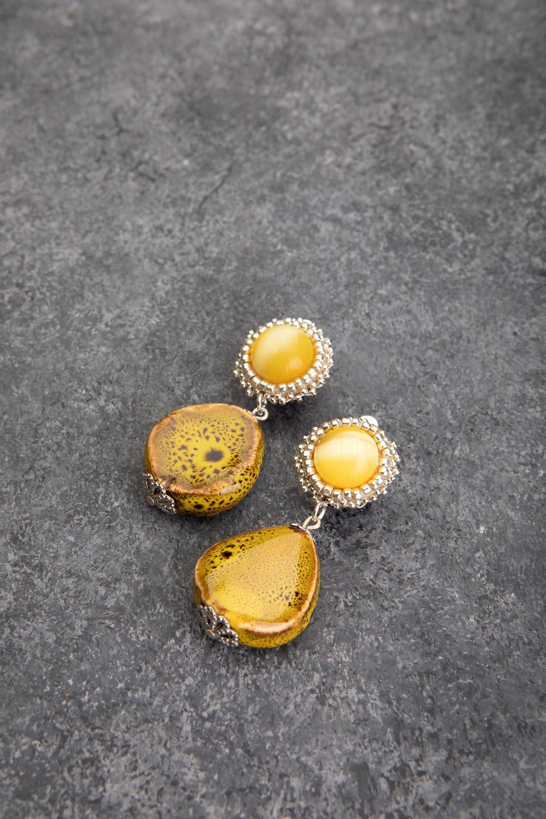 עגילי קליפס צהובים One of a kind